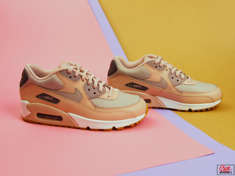 Женские кроссовки Nike Air Max 90   pink 6777bb5ed57