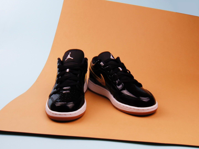 40ddd43c купить оригинальные женские кроссовки air jordan черного цвета