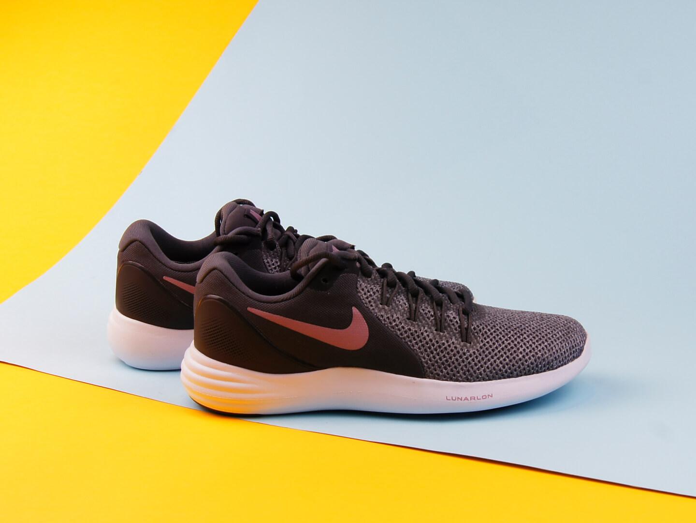 Женские кроссовки Nike Lunar Apparent Running Shoe
