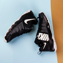 Детские кроссовки Nike Team Hustle Quick, Black/White