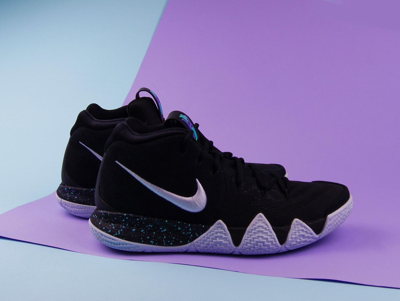 Мужские кроссовки Nike Kyrie 4, Black/White