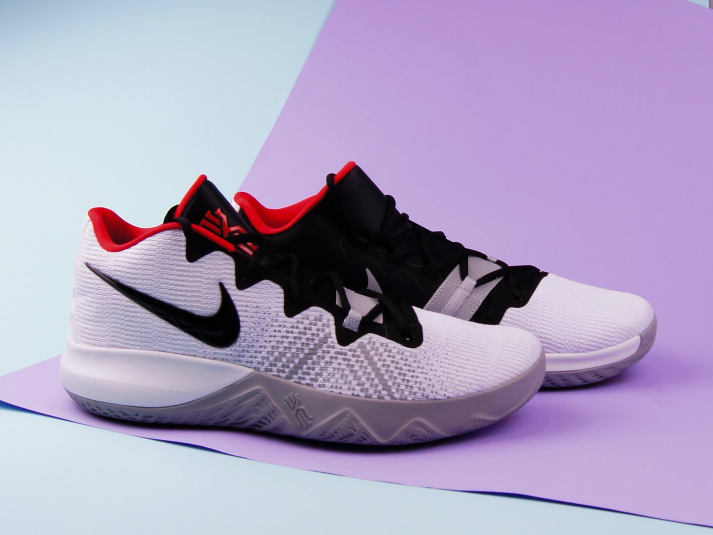 Мужские кроссовки Nike Kyrie Flytrap / white, black, red