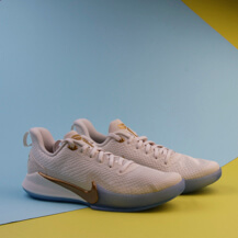 Кроссовки Nike Mamba Focus / metallic gold