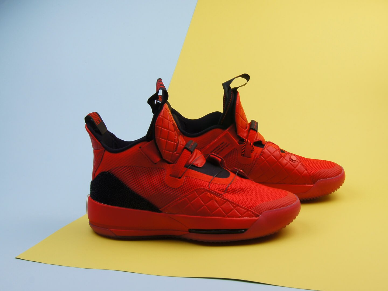 Кроссовки Air Jordan XXXIII / university red