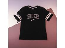 Футболка Nike Sportswear Varsity SS / black