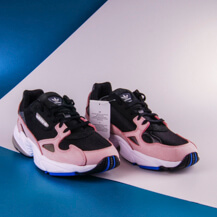 Женские кроссовки Adidas Originals FALCON / pink, black, grey