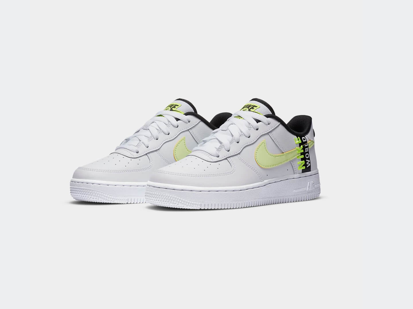 Кроссовки Nike Air Force 1 LV8 / Worldwide
