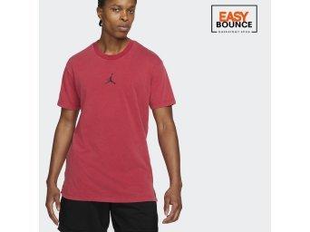 Футболка Air Jordan Dri-FIT Short-Sleeve Graphic Top / red